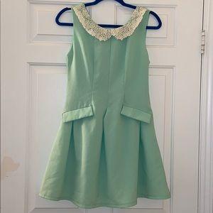 Retro inspired vintage midi dress Peter Pan collar